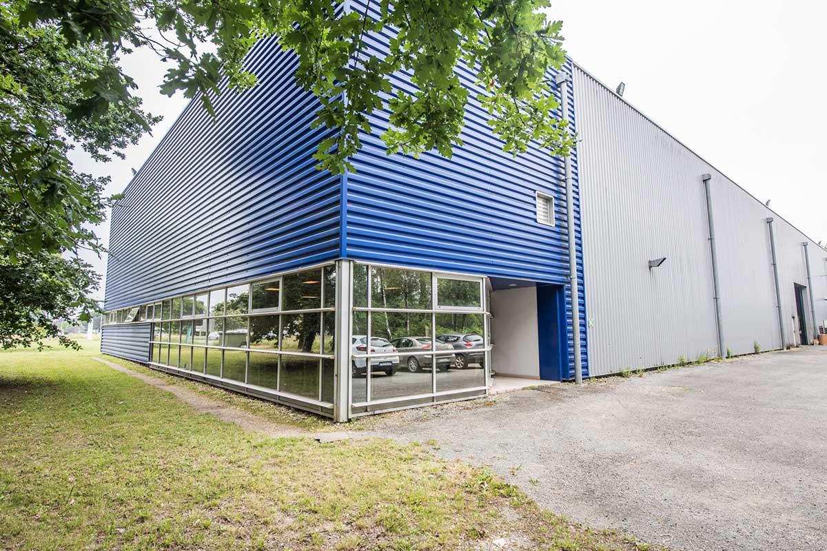 extérieur parking usine sotomeca